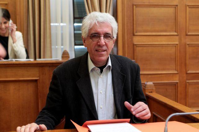 Παρασκευόπουλος: «Η διάταξη για την αποφυλάκιση αφορά τον Σάββα Ξηρό και άλλον έναν» | tanea.gr