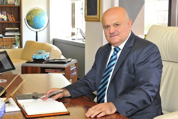 Ο πρόεδρος της Turkish Airlines παραιτήθηκε προκειμένου να θέσει υποψηφιότητα για βουλευτής   tanea.gr