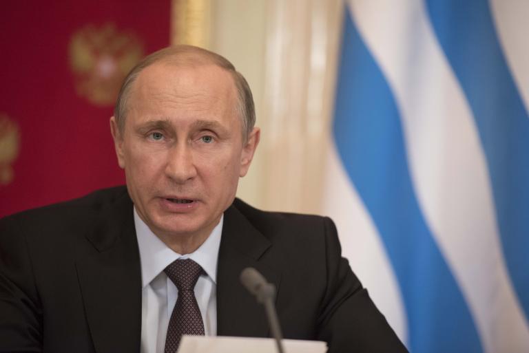 Ο Πούτιν κερδίζει λιγότερα χρήματα σε σχέση με πολλούς αξιωματούχους του Κρεμλίνου | tanea.gr
