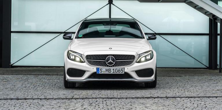 Mercedes C-Class: Πέντε νέες εκδόσεις για το μεσαίο οικογενειακό μοντέλο | tanea.gr