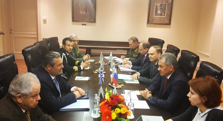Καμμένος: «Διαπραγματευόμαστε με τη Μόσχα μόνο για συντήρηση των S-300» | tanea.gr