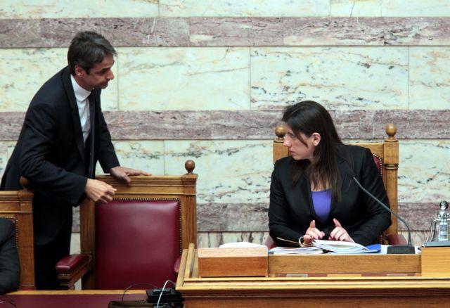 [Επί σκηνής] Βουλή σε κατάσταση νευρικής κρίσης | tanea.gr