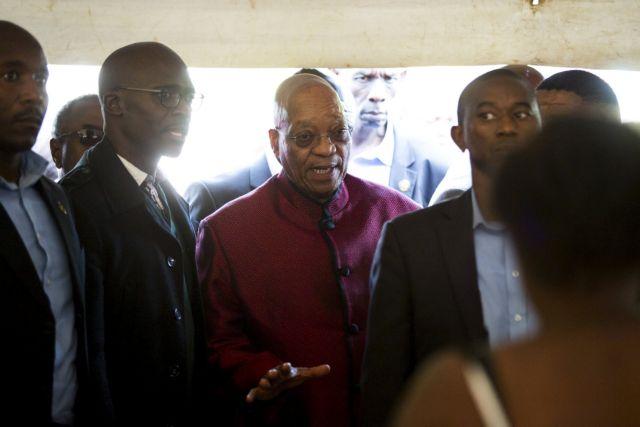 Ο Τζ. Ζούμα υπόσχεται να βάλει τέλος στις ξενοφοβικές επιθέσεις στη Ν. Αφρική | tanea.gr
