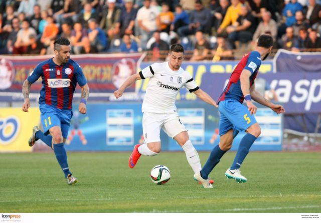 Νίκη του ΠΑΟΚ στην Κέρκυρα με δέκα παίκτες   tanea.gr