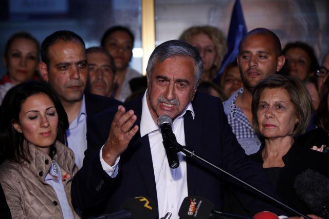 Δεύτερος γύρος στα Κατεχόμενα: Μετριοπαθής Μουσταφά Ακιντζί ή σκληροπυρηνικός Ερογλου; | tanea.gr
