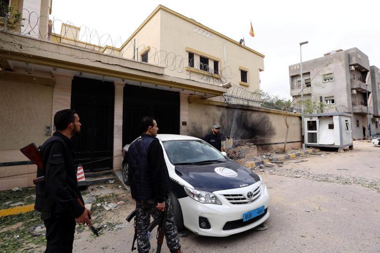 Οι τζιχαντιστές σκότωσαν 5 δημοσιογράφους ενός τηλεοπτικού σταθμού στη Λιβύη | tanea.gr