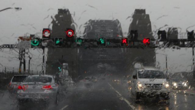 Χάος από ισχυρές καταιγίδες στην ανατολική Αυστραλία | tanea.gr