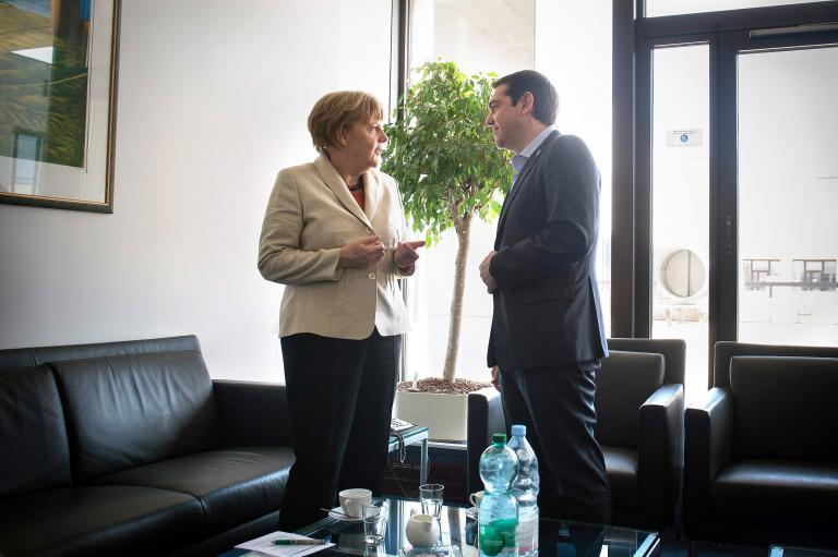 FAZ: Ο Τσίπρας «παρακαλεί» από το τηλέφωνο τη Μέρκελ για χρήματα   tanea.gr
