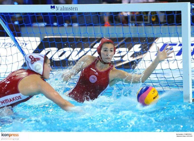 Ο Ολυμπιακός προκρίθηκε στον τελικό του Final 4 στο πόλο   tanea.gr