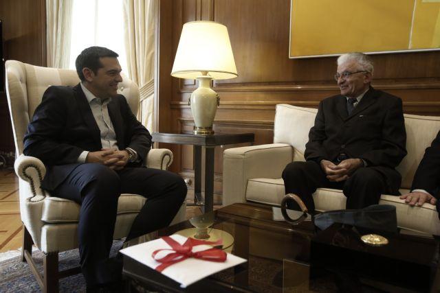 Με τον επιζήσαντα της σφαγής του Διστόμου Αργύρη Σφουντούρη συναντήθηκε ο Τσίπρας | tanea.gr