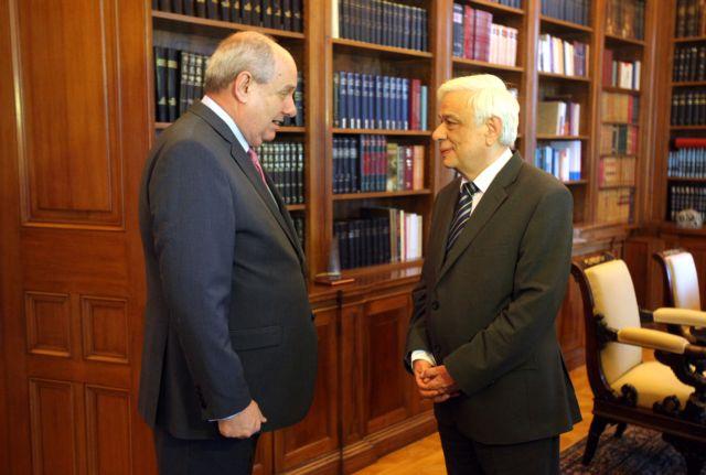 Παυλόπουλος: «Στείρες κομματικές αντιπαραθέσεις σε κρίσιμες ώρες, δεν μπορεί να υπάρχουν»   tanea.gr