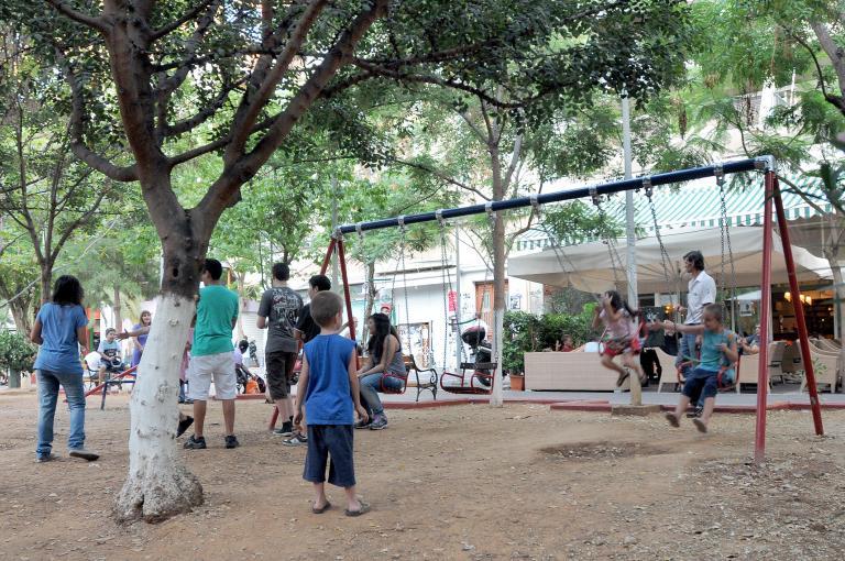 Σοκ στα Ιωάννινα: Ακρωτηριάστηκε 5χρονο αγοράκι σε παιδική χαρά | tanea.gr