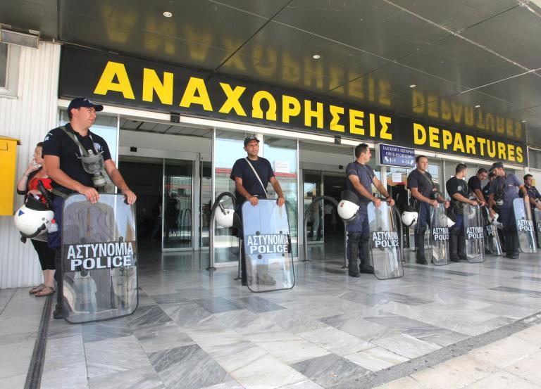Αναζητούνται χώροι στάθμευσης αεροσκαφών στο αεροδρόμιο Ηρακλείου | tanea.gr