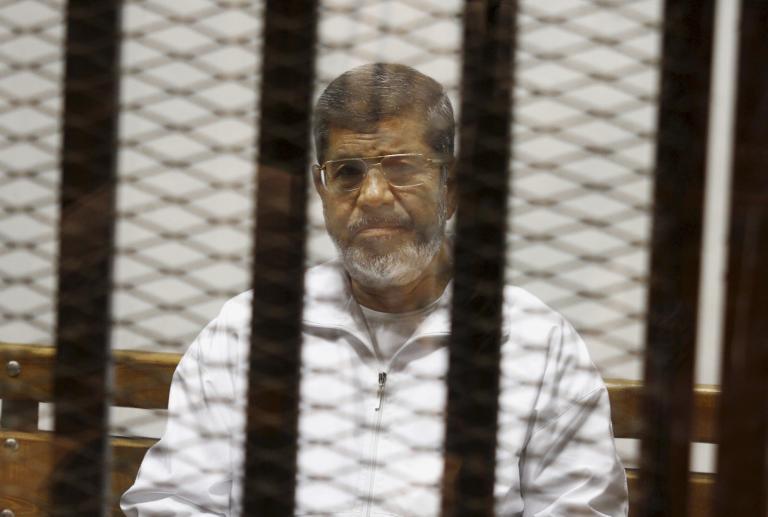 Αιγυπτιακό δικαστήριο καταδίκασε σε θάνατο τον τέως πρόεδρο Μόρσι   tanea.gr