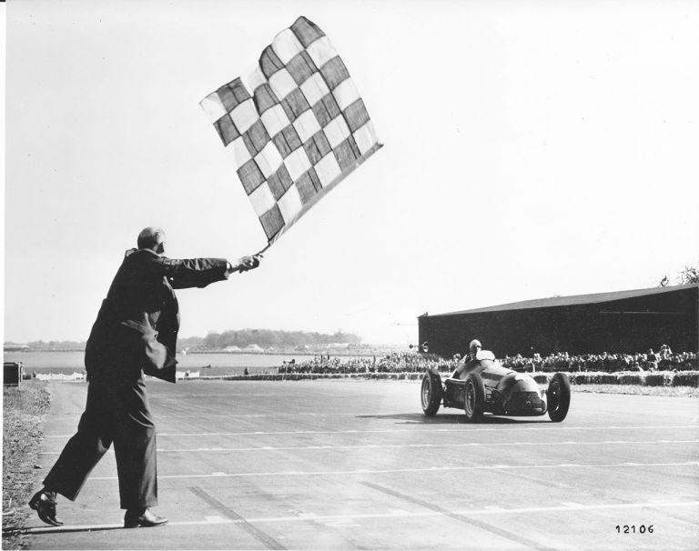 65 χρόνια από την πρώτη νίκη της Alfa Romeo στη Formula 1   tanea.gr
