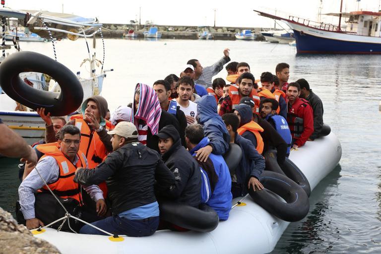 ΟΗΕ: Η Ελλάδα χρειάζεται επειγόντως βοήθεια για να αντιμετωπίσει τα κύματα μεταναστών   tanea.gr