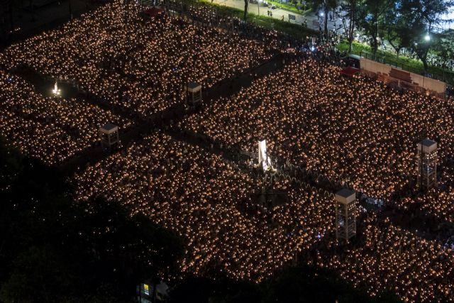 Χονγκ Κονγκ: Το «Κίνημα της Ομπρέλας» δίνει άλλο χρώμα στη φετινή επέτειο της Τιενανμέν | tanea.gr