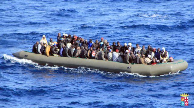 Εκατοντάδες παράτυποι μετανάστες το τελευταίο 24ωρο σε ελληνικά νησιά | tanea.gr