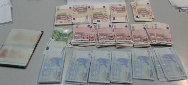 Συνελήφθη 36χρονος με χιλιάδες πλαστά χαρτονομίσματα   tanea.gr