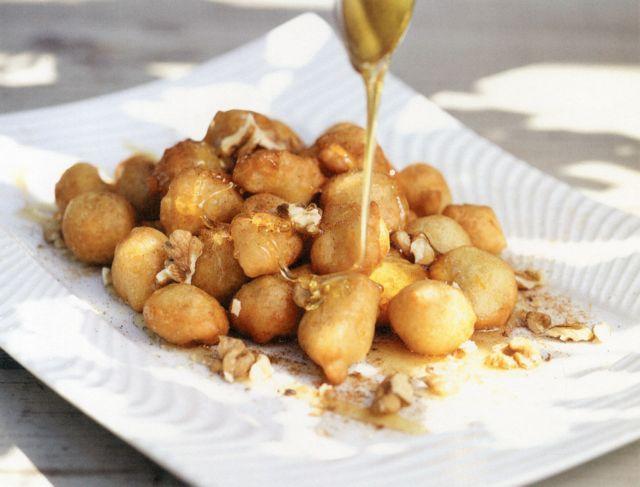 Λουκουμαδάκια με γιαούρτι | tanea.gr