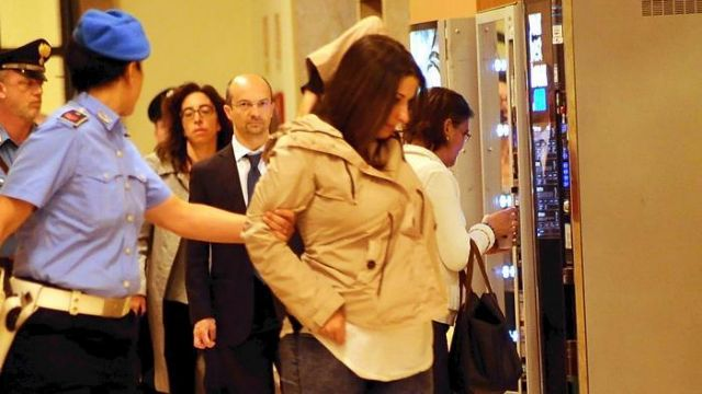 Ιταλία: Σάλος από την απόφαση να χωρίσουν φυλακισμένη μητέρα από το νεογέννητό της   tanea.gr