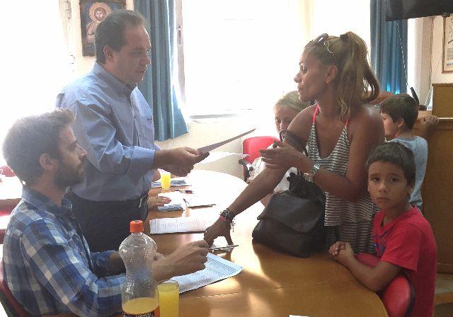 Σχολικά είδη σε περισσότερα από 1100 παιδιά πολύτεκνων οικογενειών από την «Αποστολή»   tanea.gr