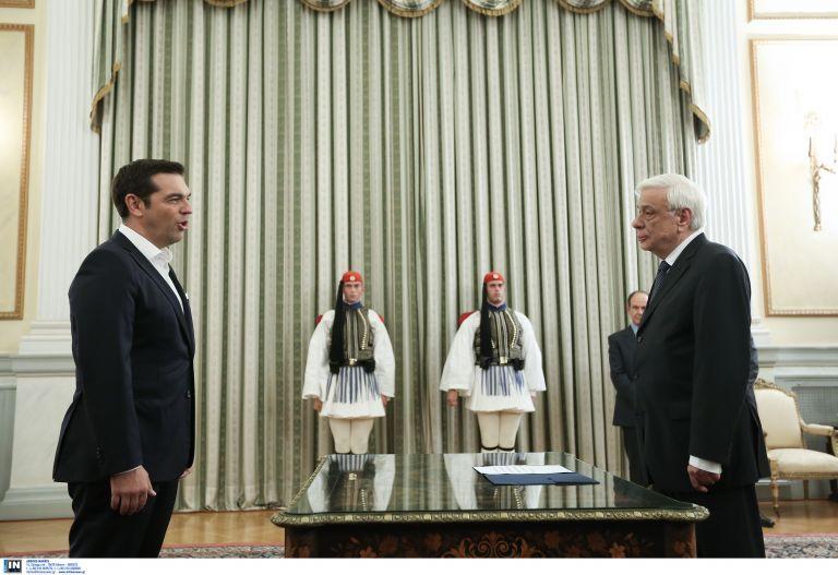Ορκίστηκε Πρωθυπουργός ο Αλέξης Τσίπρας - Τρίτη ή Τετάρτη η ορκωμοσία της κυβέρνησης | tanea.gr