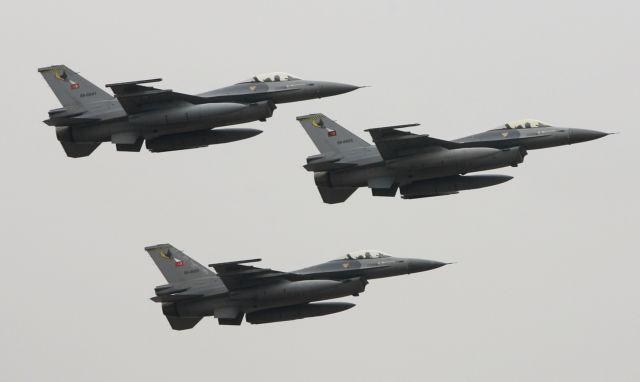 Νέες παρενοχλήσεις κατά τουρκικών F-16 στη Συρία   tanea.gr