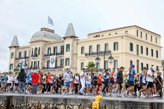 Ρεκόρ συμμετοχών στο Spetses mini Marathon   tanea.gr