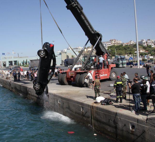 Αργολίδα: Βουτιά θανάτου στη θάλασσα από 43χρονο οδηγό | tanea.gr
