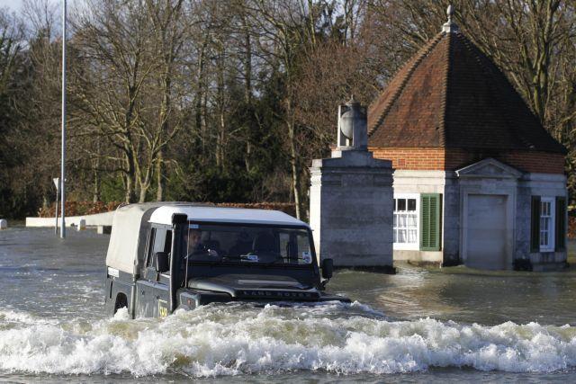 Τουλάχιστον 12 νεκροί από πλημμύρες στην Κυανή Ακτή | tanea.gr