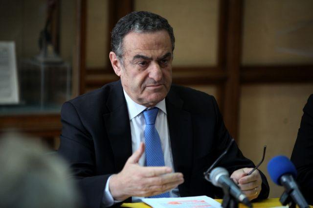 Εμπρηστική επίθεση στο γραφείο του πρώην υπ. Δικαιοσύνης Χαράλαμπου Αθανασίου | tanea.gr