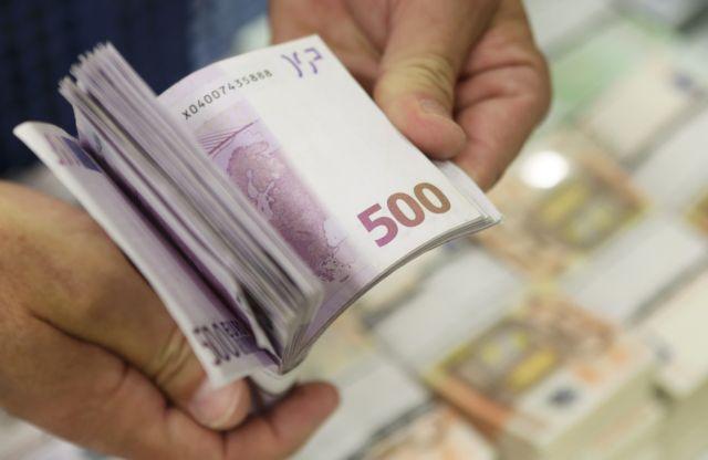 Ανοικτό το ενδεχόμενο πώλησης των κόκκινων δανείων σε ξένα fund   tanea.gr