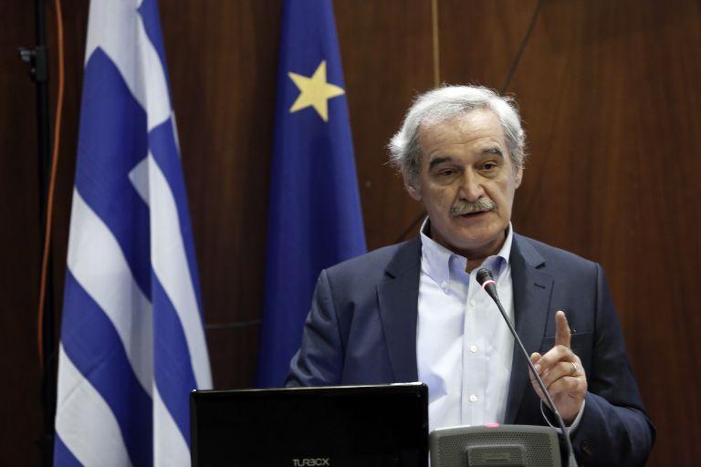 Ακραίο νεοφιλελεύθερο μέτρο η ανεξαρτησία της ΓΓ Δημοσίων Εσόδων, λέει ο Νίκος Χουντής | tanea.gr