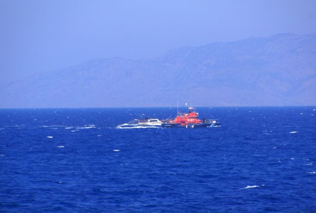 Σε εξέλιξη διάσωση μεταναστών ανοιχτά της Μυτιλήνης   tanea.gr