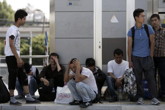 Σύνοδος της ΕΕ για το προσφυγικό με το βάρος στη φύλαξη | tanea.gr