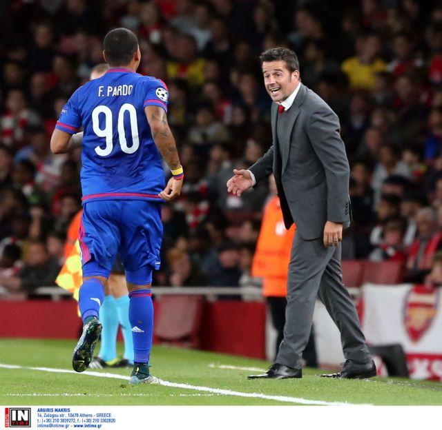 Μετά το 1-2 δίδαξε τακτική τον Βενγκέρ | tanea.gr