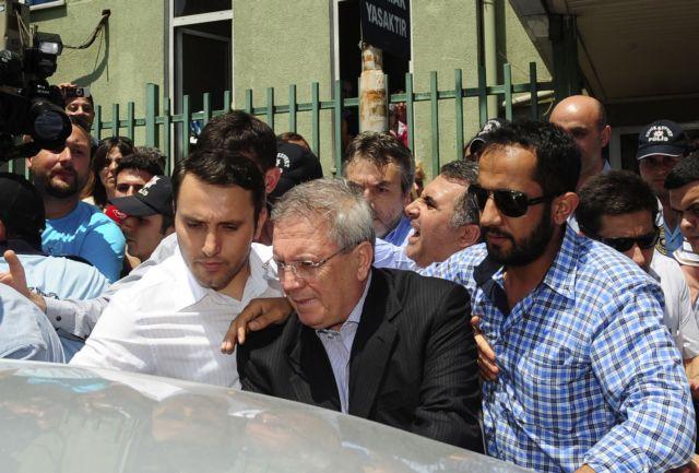 Η πιθανή αθώωση δρομολογεί εξελίξεις στην UEFA | tanea.gr