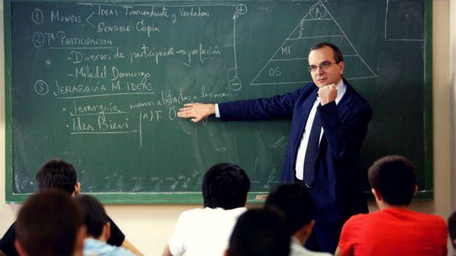 Ο Πλάτωνας εξορίζεται από τα ισπανικά σχολεία | tanea.gr