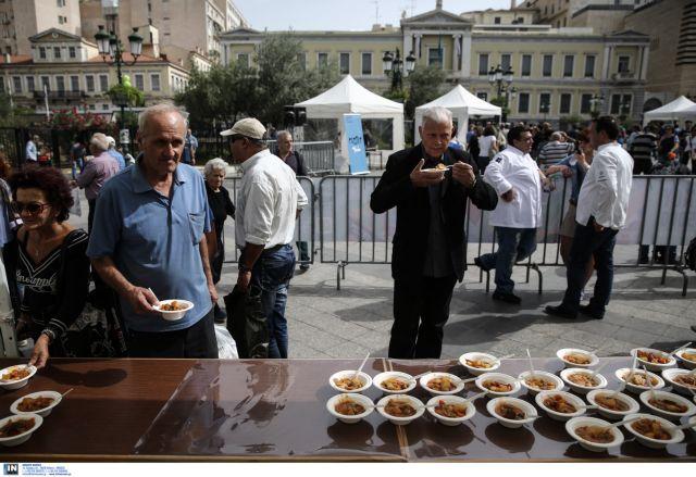 Μαγείρεψαν 5.000 μερίδες κατά της σπατάλης   tanea.gr