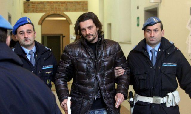 Αποζημίωση στους εξαπατημένους οπαδούς! | tanea.gr