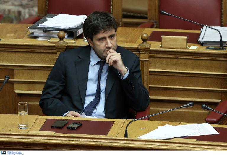 Δημοσιονομική ισορροπία με κοινωνικά δίκαιο τρόπο εγγυάται ο Χουλιαράκης   tanea.gr