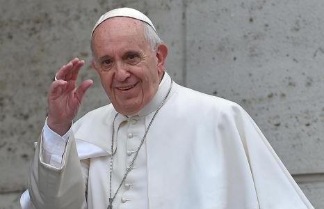 Διαψεύδει το Βατικανό δημοσίευμα που θέλει τον Πάπα να έχει διαγνωστεί με όγκο στον εγκέφαλο   tanea.gr