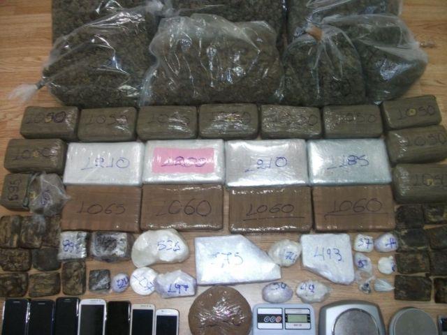 Έφερναν από την Ολλανδία και διακινούσαν στην Αττική κοκαΐνη και χασίς | tanea.gr