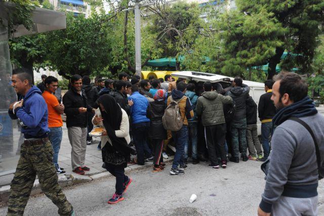 Στενότερη συνεργασία με την Ελλάδα στο προσφυγικό ζήτησε ο πρόεδρος των Σκοπίων   tanea.gr