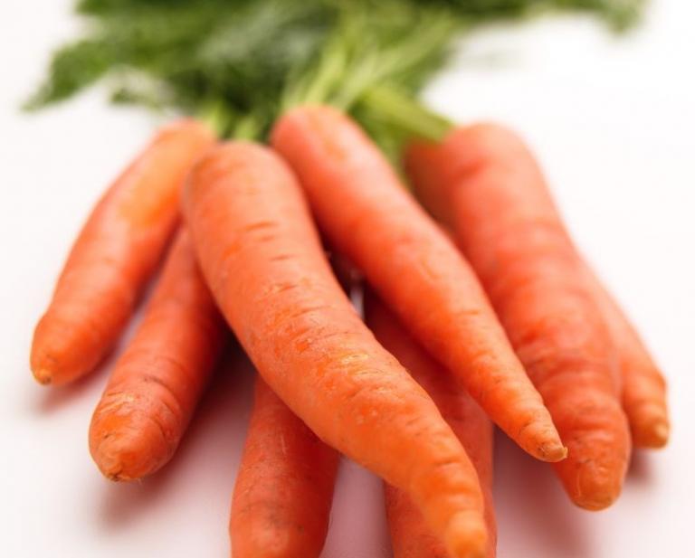Καρότα και σπανάκι ωφελούν τους ασθενείς με εκφύλιση της ωχράς | tanea.gr