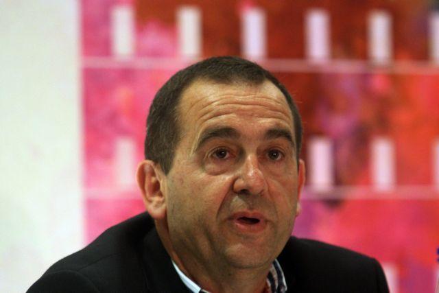 Νέος πρόεδρος της ΠΟΕ-ΟΤΑ ο Νίκος Τράκας - παραιτήθηκε και επισημα ο Θέμης Μπαλασόπουλος   tanea.gr