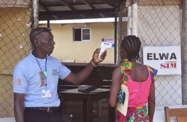 Λιβερία: Τρία νέα επιβεβαιωμένα κρούσματα του ιού Eμπολα | tanea.gr