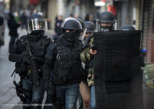 Τρεις συλλήψεις υπόπτων στην Τουρκία για τις επιθέσεις στο Παρίσι | tanea.gr