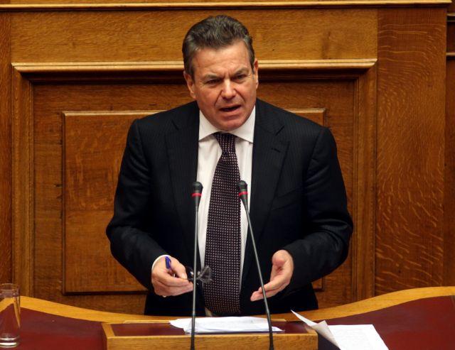 Διαψεύδει ο υφυπουργός Εργασίας τα περί σύνδεσης σύνταξης με εισόδημα   tanea.gr